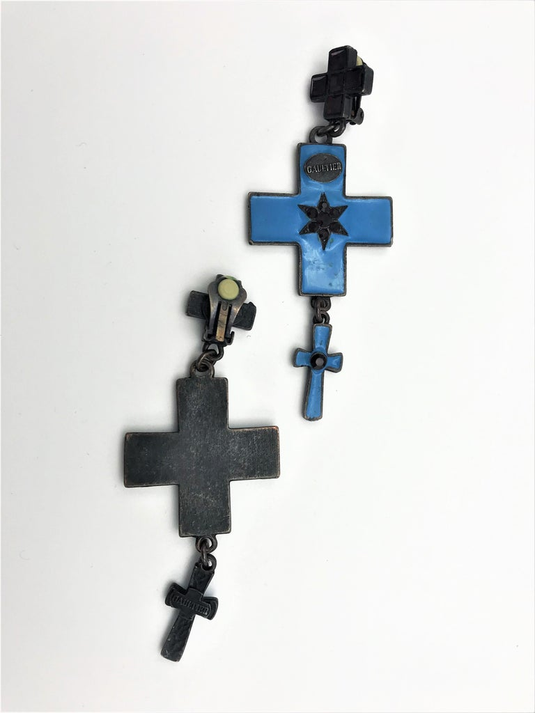 Jean Paul Gaultier three cross ear clips blue enamelled and red rhinestones  For Sale 4