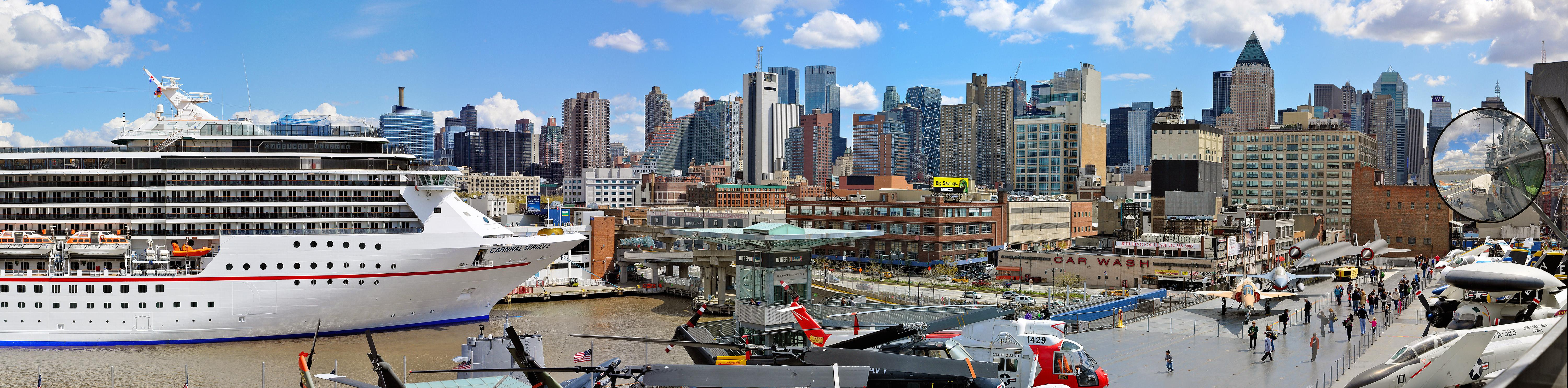 Skyline from the Intrepid museum, NYC - Contemporary Panoramic Color Photography