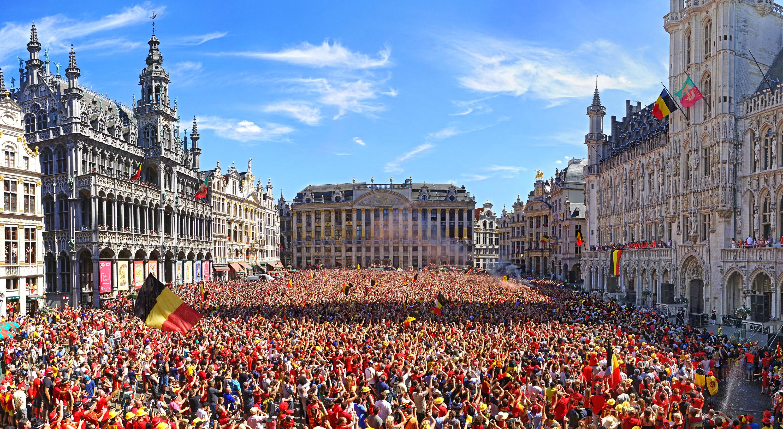 Waar is da feestje ? Brussels 2018 - Contemporary Color Photography