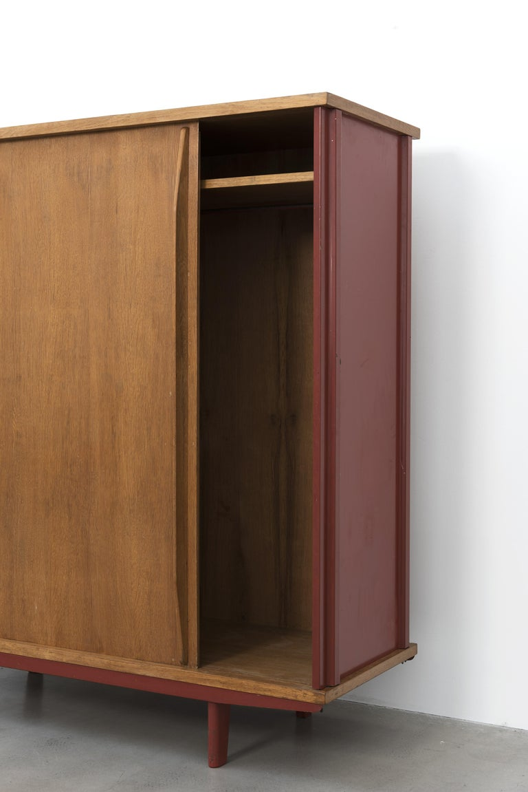 Jean Prouvé, AG 11 Wardrobe, Variant, 1947 In Good Condition For Sale In Paris, FR