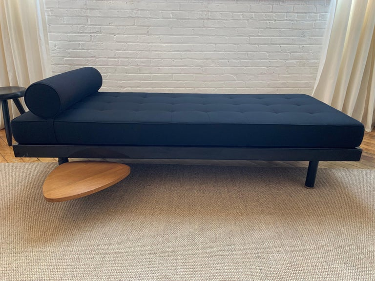 Mid-Century Modern Jean Prouvé & Charlotte Perriand 'Antony' Daybed, Model No. 450, circa 1954 For Sale