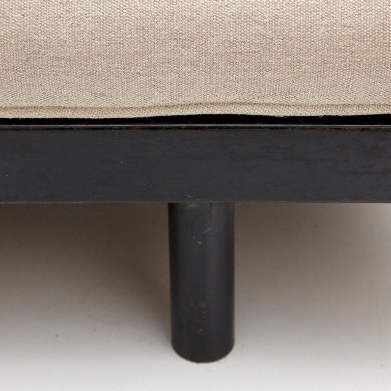Jean Prouve Daybed in Black Metal and Wood, circa 1950 For Sale 9