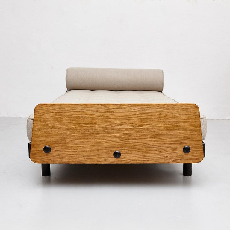 Mid-20th Century Jean Prouve Daybed in Black Metal and Wood, circa 1950 For Sale