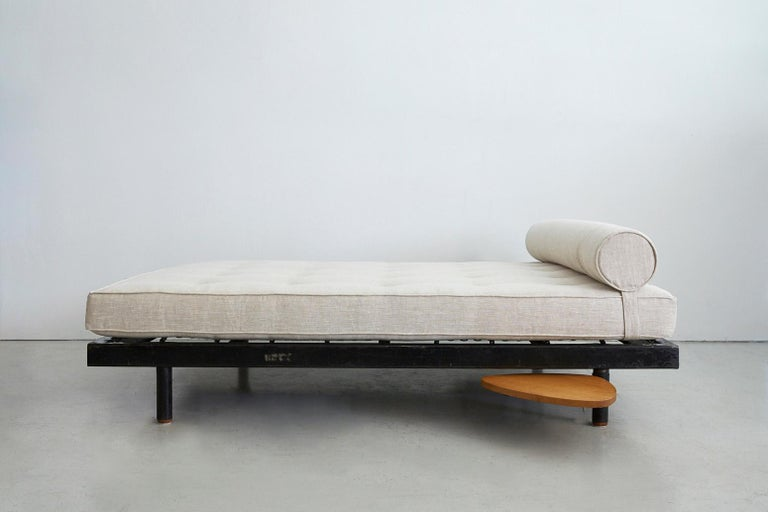 Jean Prouvé Double Daybed In Good Condition For Sale In Los Angeles, CA