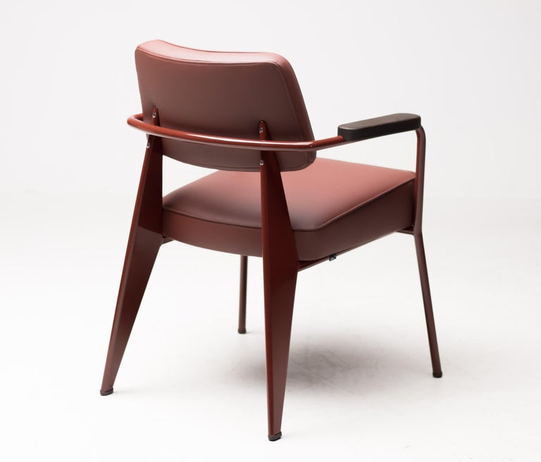 Jean Prouvé Fauteuil Direction, Japanese Red In Excellent Condition For Sale In Dronten, NL