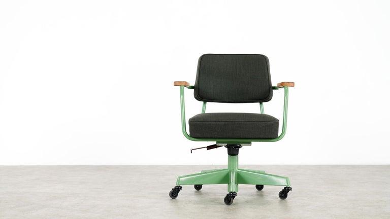 Jean Prouvé, Fauteuil Direction Pivotant 1951 Limited RAW Office Edit, Chair For Sale 6