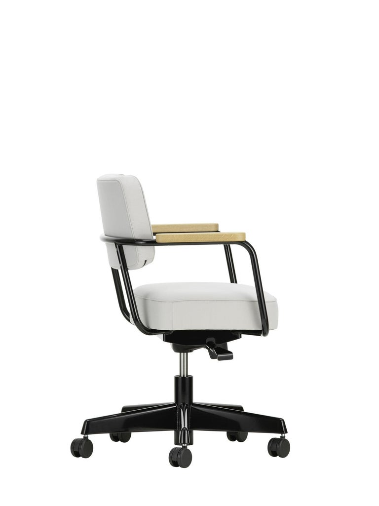 Jean Prouvé Fauteuil Direction Pivotant Office Chair by Vitra For Sale 3