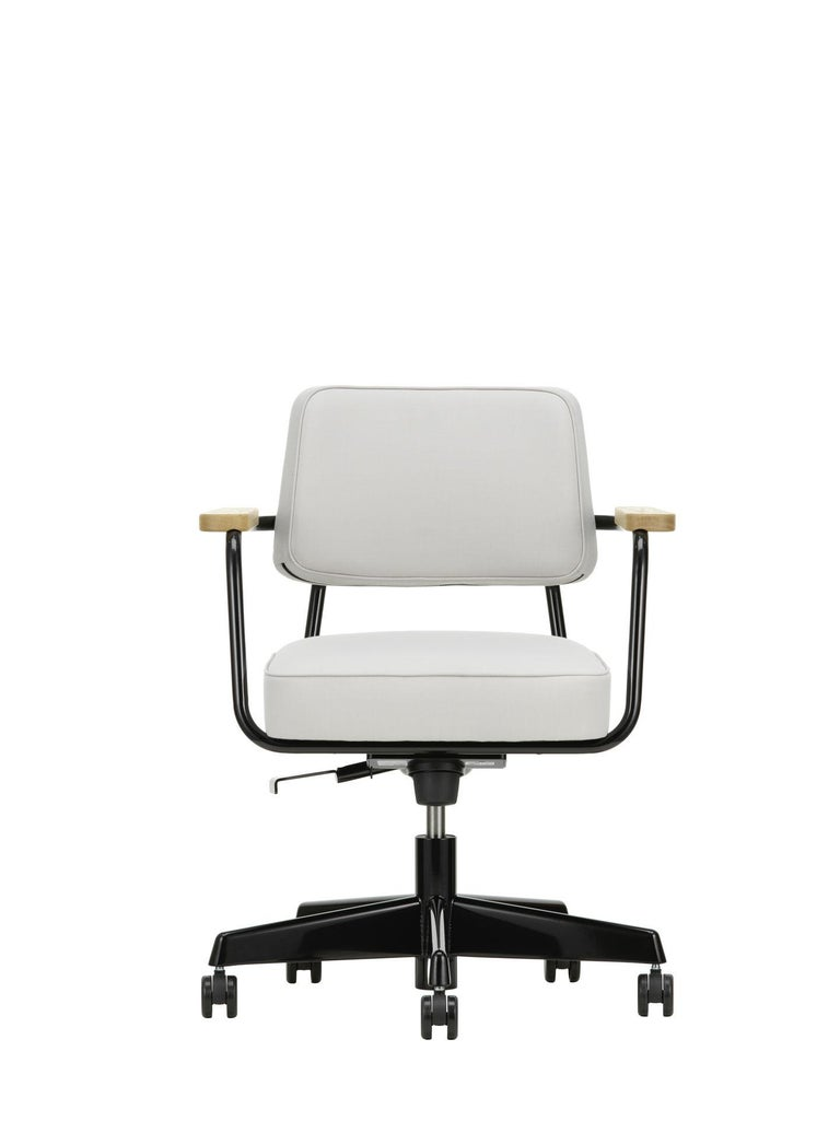 Jean Prouvé Fauteuil Direction Pivotant Office Chair by Vitra For Sale 1