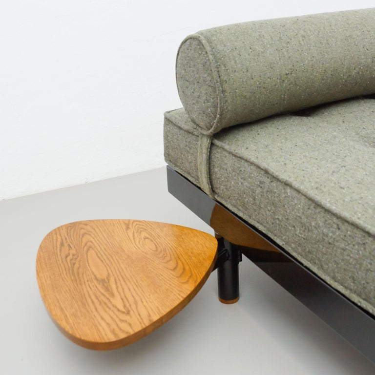 Jean Prouve Mid-Century Modern S.C.A.L. Daybed, circa 1950 For Sale 3