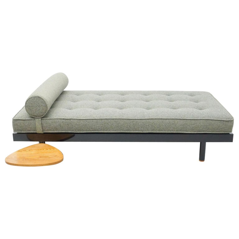 Jean Prouve Mid-Century Modern S.C.A.L. Daybed, circa 1950 For Sale