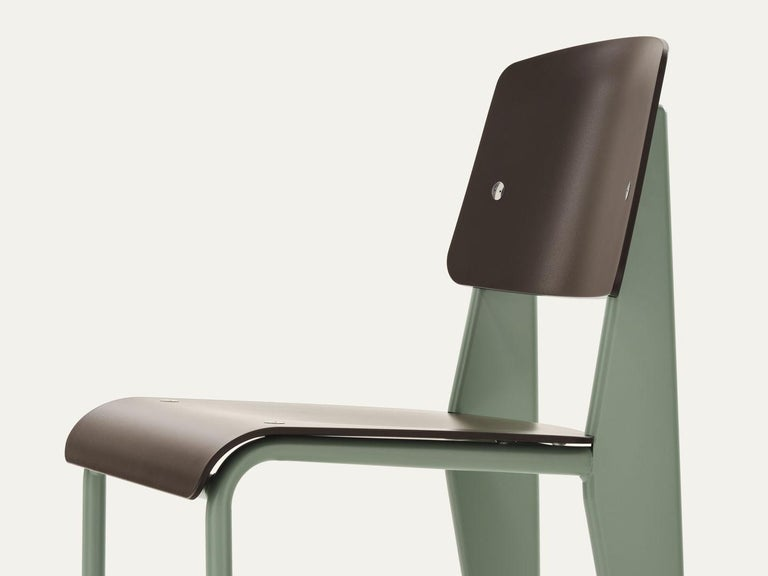 Jean Prouvé Standard Chair by Vitra In New Condition For Sale In Barcelona, Barcelona