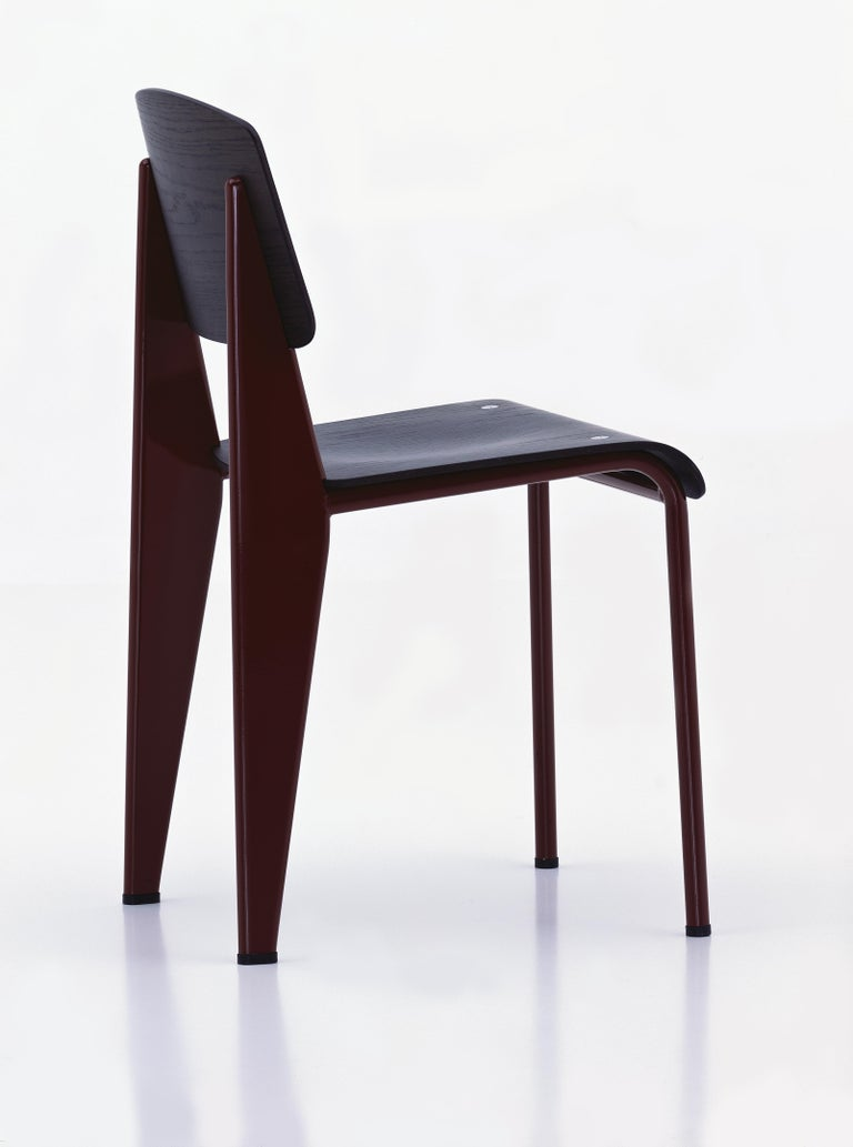 Powder-Coated Jean Prouvé Standard Chair in Dark Oak and Red Metal for Vitra For Sale