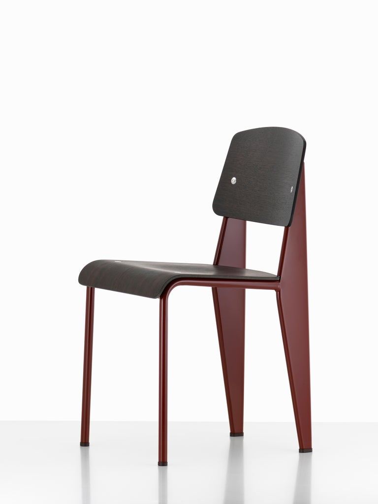 Jean Prouvé Standard Chair in Natural Oak and Red Metal for Vitra For Sale 3