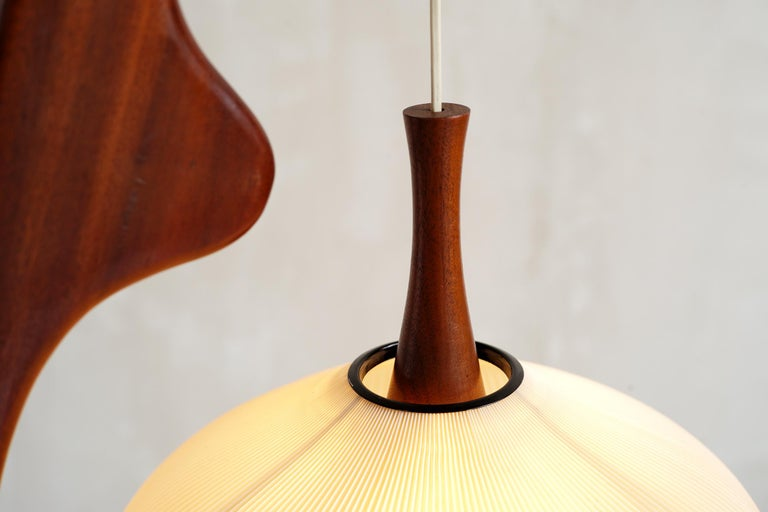 Jean Rispal, Floor Lamp in Mahogany N ° 14.950, France, 1955 In Good Condition For Sale In Catonvielle, FR