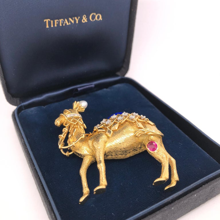 Jean Schlumberger for Tiffany & Co. Yellow Gold Camel Pin For Sale 1