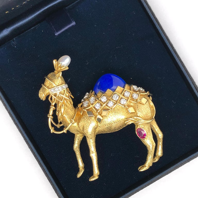 Jean Schlumberger for Tiffany & Co. Yellow Gold Camel Pin For Sale 2