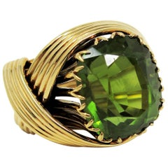 Jean Schlumberger Tiffany & Co. Peridot and 18 Karat Yellow Gold Cocktail Ring
