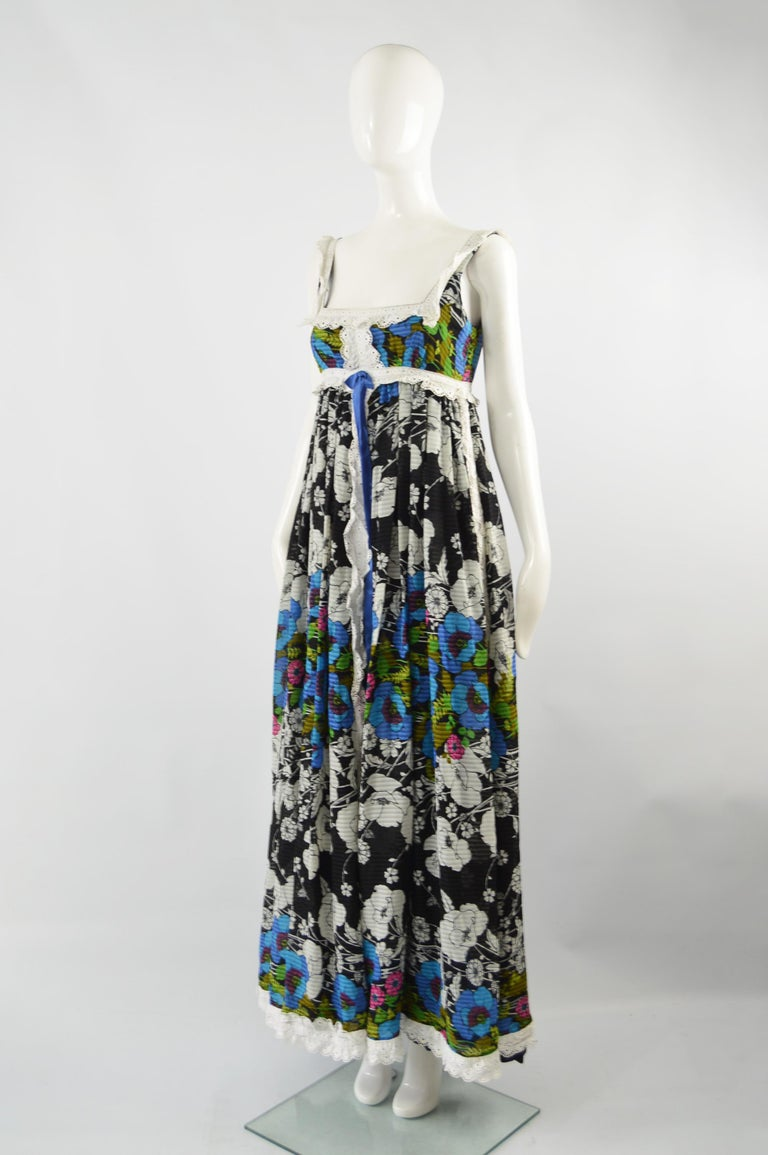 Jean Varon Vintage Sleeveless Boho Maxi Dress, 1970s In Excellent Condition For Sale In Doncaster, South Yorkshire