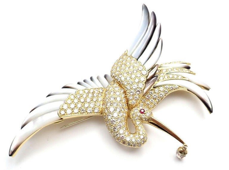 Jean Vitau Diamond Mother of Pearl Large Stork Yellow Gold Brooch For Sale 1