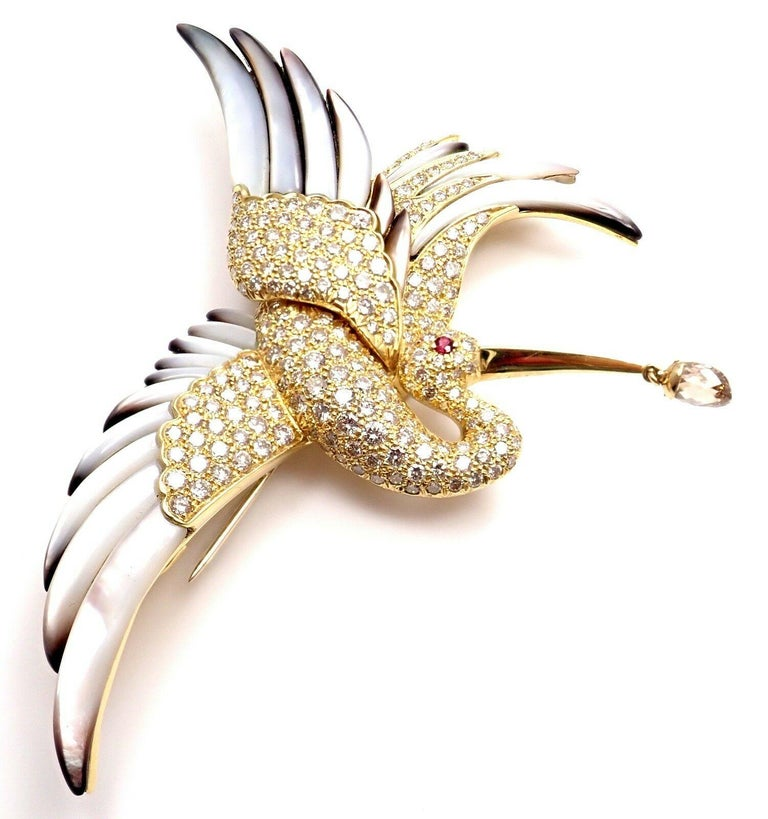 Jean Vitau Diamond Mother of Pearl Large Stork Yellow Gold Brooch For Sale 5
