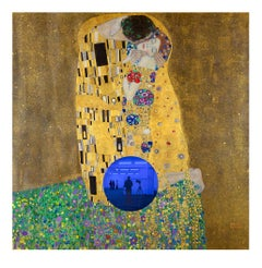 Gazing Ball (Klimt Kiss)