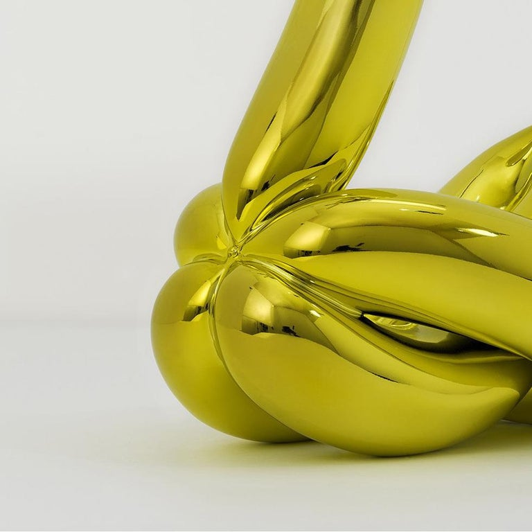Balloon Swan (Yellow) - Beige Figurative Sculpture by Jeff Koons
