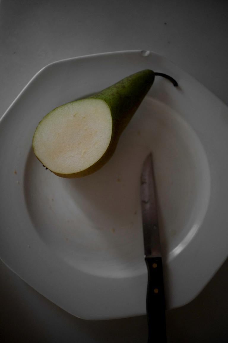 Pear and Knife, Seville