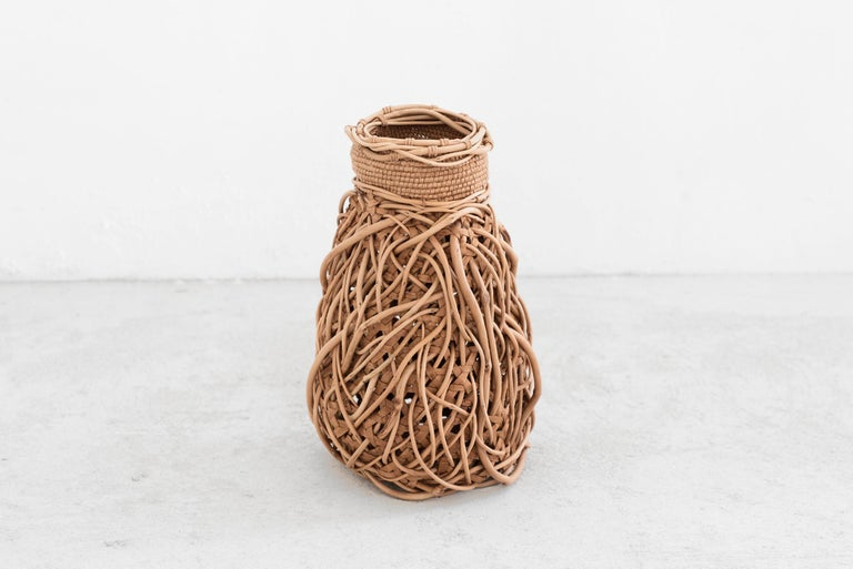 Jennifer Zurick Entwined Manufactured by Jennifer Zurick Produced in exclusive for SIDE GALLERY Kentucky (USA), 2019 Several materials  BIO Jennifer Zurick is a self-taught artist specializing in black willow bark which she has been