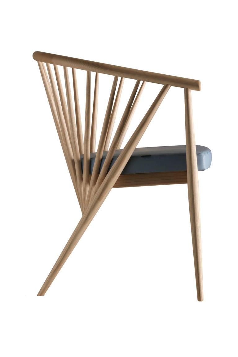 Jenny Contemporary Gepolsterter Sessel aus Hand-gedrechseltem Eschenholz 2