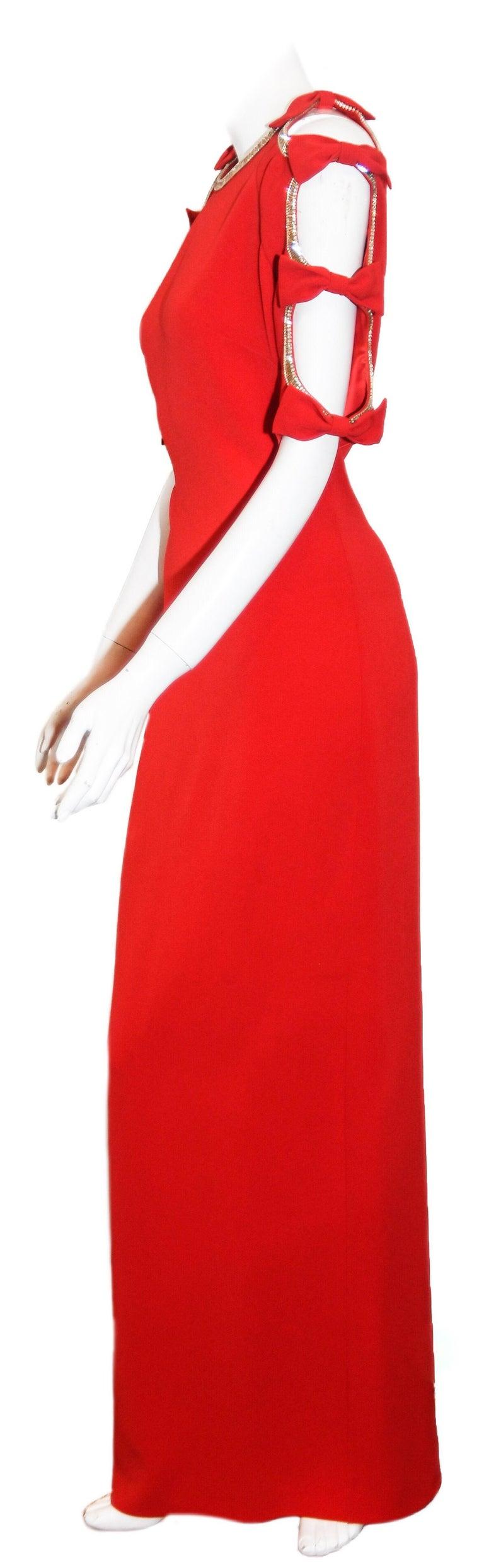 Jenny Packham Red Gown W/ Cold Shoulder Embellished Sleeves In Excellent Condition For Sale In Palm Beach, FL