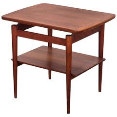 Jens Risom 1950s T-490 End Table with Shelf