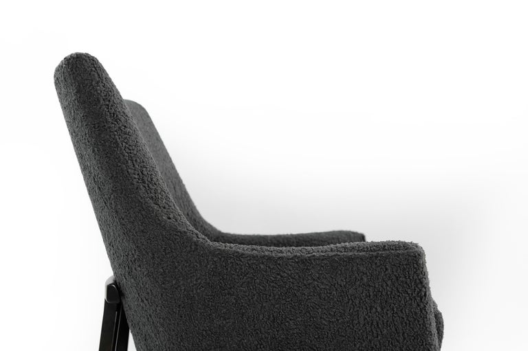 Jens Risom A-Line Lounge Chair and Ottoman in Bouclé, circa 1950s 5