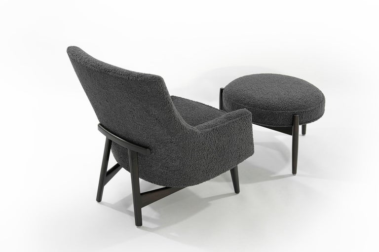 Jens Risom A-Line Lounge Chair and Ottoman in Bouclé, circa 1950s In Excellent Condition In Stamford, CT