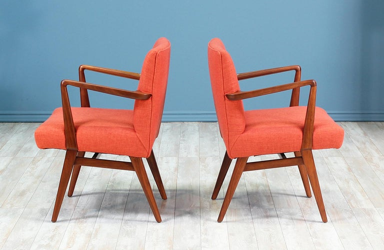 Jens Risom Easy Chairs for Knoll In Excellent Condition For Sale In Los Angeles, CA