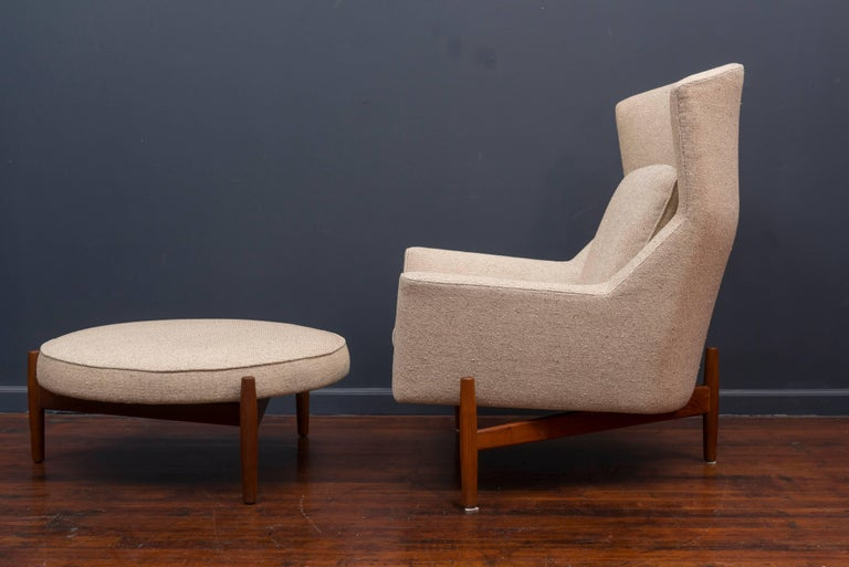 Jens Risom Lounge Chair and Ottoman In Excellent Condition For Sale In San Francisco, CA
