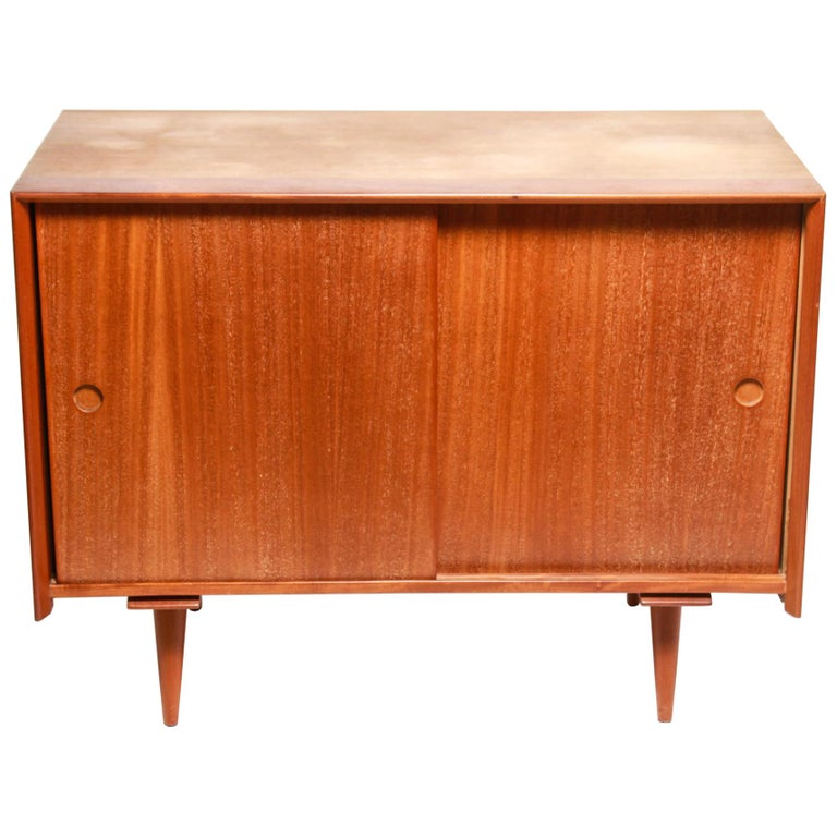 Jens Risom Mid-Century Modern Credenza or Cabinet For Sale