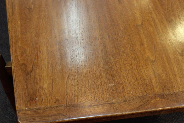 Jens Risom Mid-Century Modern Walnut and Leather Coffee Table For Sale 4