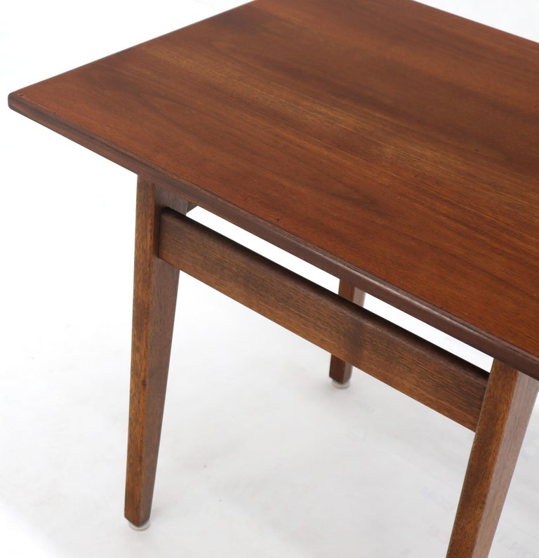 20th Century Jens Risom Occasional Lamp Coffee Side End Table Oiled Walnut For Sale