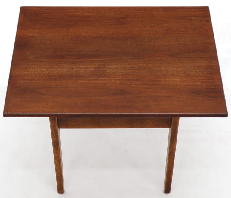 Jens Risom Occasional Lamp Coffee Side End Table Oiled Walnut For Sale 1