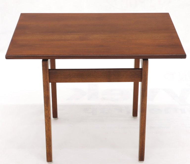 Jens Risom Occasional Lamp Coffee Side End Table Oiled Walnut For Sale 3