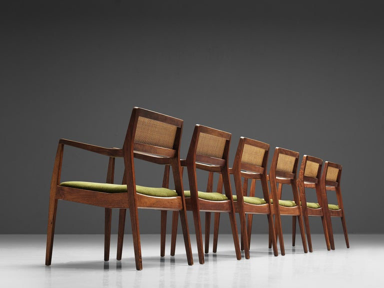 Mid-Century Modern Jens Risom Set of Six 'Playboy' Dining Chairs in Walnut For Sale