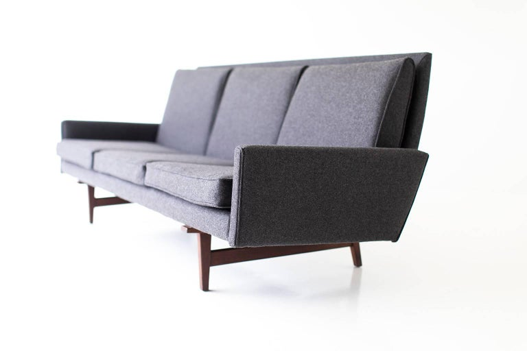 Jens Risom Sofa for Risom Design Inc For Sale 3