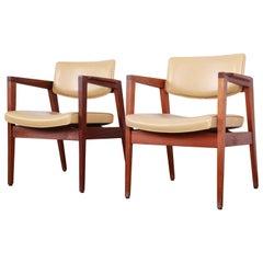 Jens Risom Style Mid-Century Modern Solid Walnut Lounge Chairs by Gunlocke, Pair