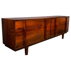 Jens Risom Style Rosewood Midcentury Dresser with Extraordinary Grain