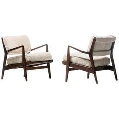 Jens Risom Walnut Lounge Chairs in Ivory Shearling, circa 1950s