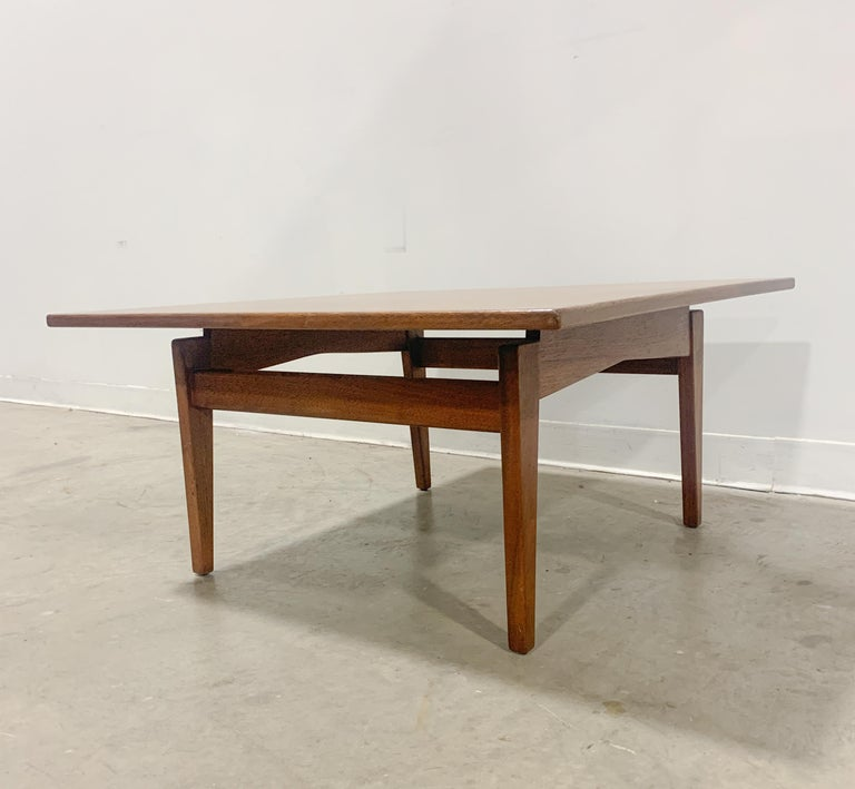 Jens Risom Walnut Square Coffee Table For Sale 1