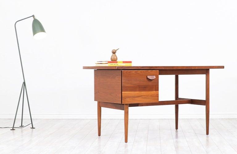 American Jens Risom Walnut Writing Desk For Sale