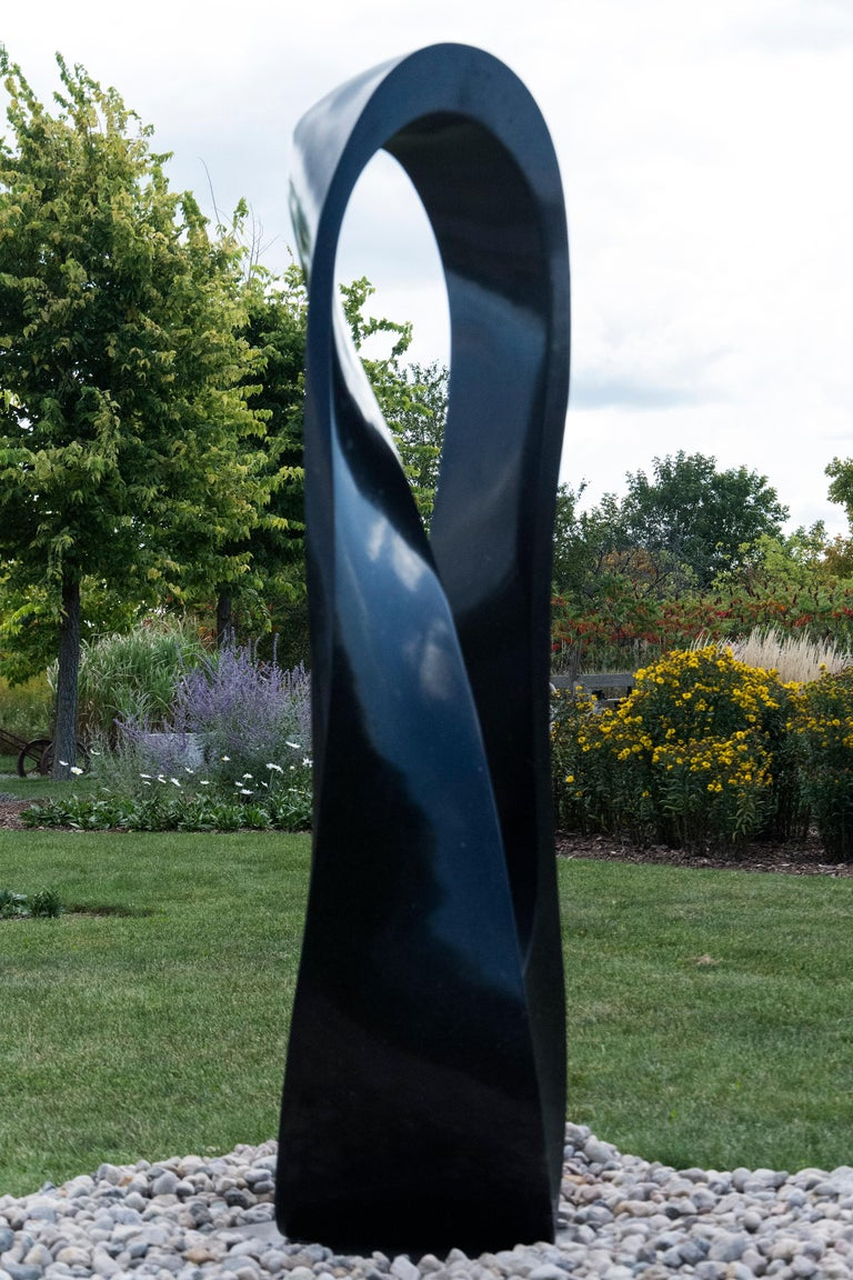 Mobius  - Sculpture by Jeremy Guy
