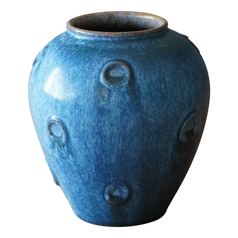 Jerk Werkmäster, Vase, Ceramic, Nittsjö, Sweden, 1930s