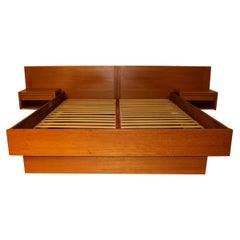 Jesper Danish Modern Teak Queen Platform Bed with Floating Nightstands